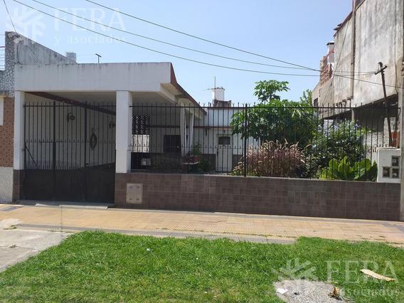 Venta De Casa 3 Ambientes Con Cochera En Villa Dominico (26294)