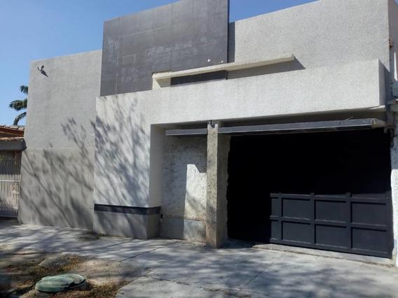 Quinta En Venta, San Jacinto. Barrueta J. 04128849675