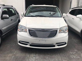 Chrysler Town & Country 3.6 Touring Aut 2013