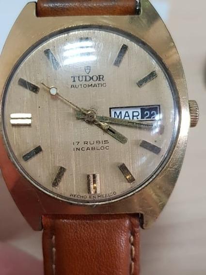 Tudor Antiguo