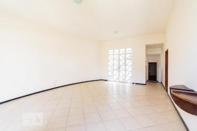 Casa Com 4 Dormitórios E 3 Garagens - Id: 892880224 - 180224