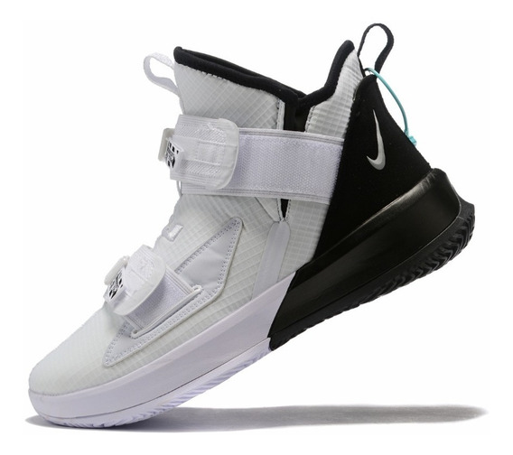 Tênis Nike Lebron Soldier Xiii Sfg White Black - Branco