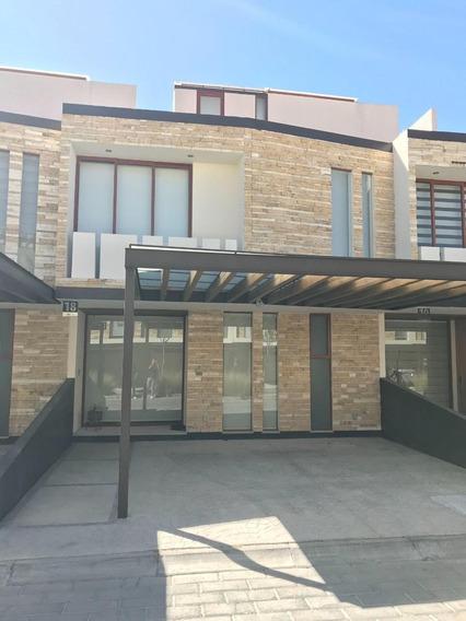 Casa En Lomas De Angelopolis