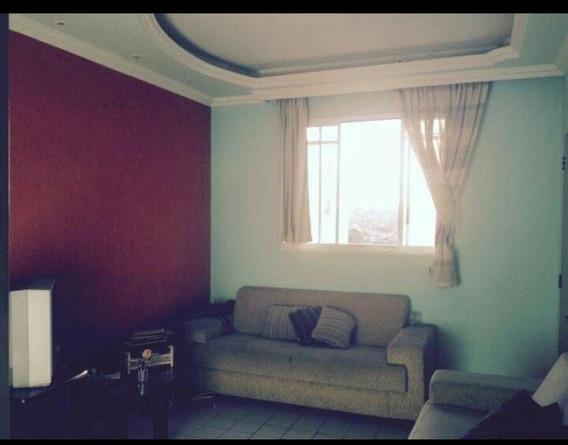 Apartamento 02 Quartos - Santa Mônica - 20150