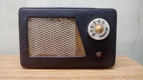 Radio Transistor Portatil De Mesa A Pila Funciona Antigua