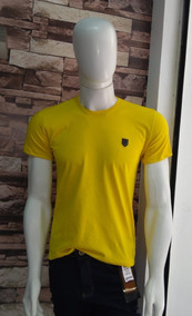Camiseta Slim Fit Lisa / 100% Algodão - Narkotiko