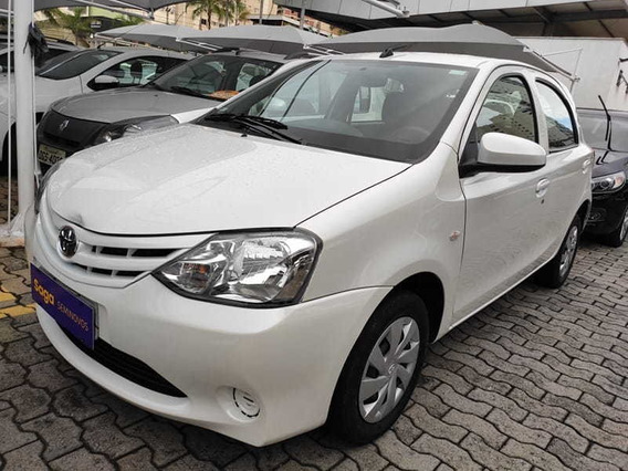 Toyota Etios Hb X 13l At