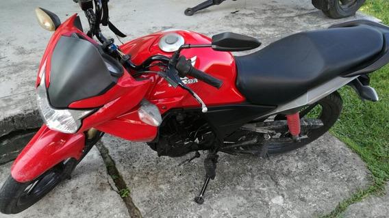 Moto Lineal Color Rojo Cb110 En Buen Estado