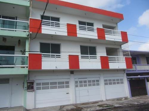 Fracc.reforma, Veracruz - Edificio En Obra Gris En Venta