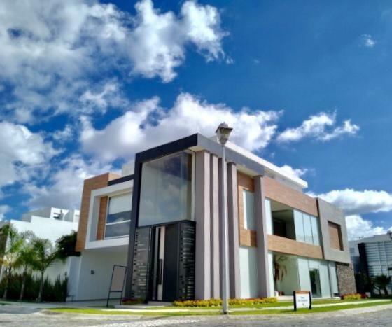 Casa En Venta En Vista Real, Zona Angelopolis