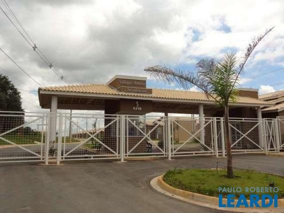 Casa Em Condomínio - Aparecidinha - Sp - 593417