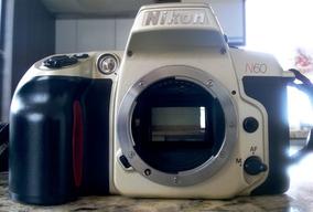 Câmera Nikon Modelo N60/f60 Analógica