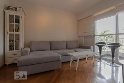 Apartamento No 1º Andar Com 2 Dormitórios E 1 Garagem - Id: 892934995 - 234995