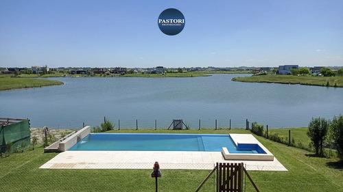 Imagen 1 de 30 de San Sebastian - Area 5 - Hermosa Casa 8 Amb A La Laguna!!!