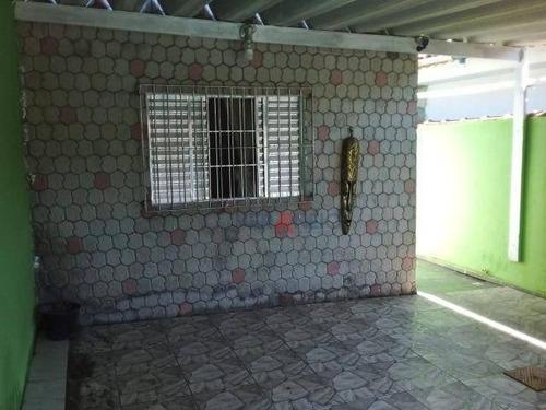 Excelente Casa De 03 Dormitórios, Sendo 2 Suítes A 900 M² Da Praia No Bairro Princesa. - Ca0547