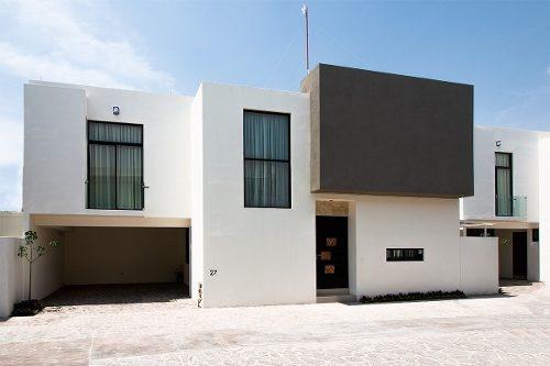 Murata Residencial, Casa De 2 Plantas Con 3 Recámaras