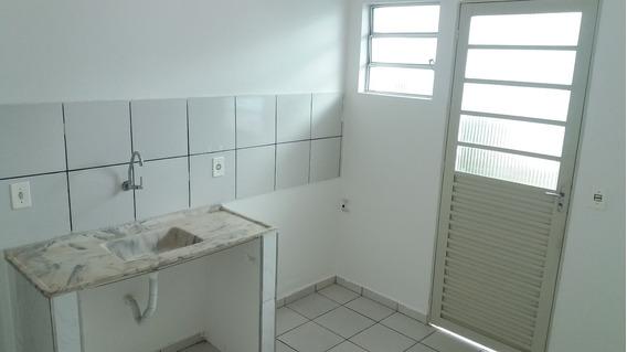 Casa 1 Dormitório Itaquera - Rua Da Universidade Brasil