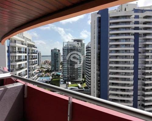 Apartamento A La Venta En Punta Del Este- Ref: 3135