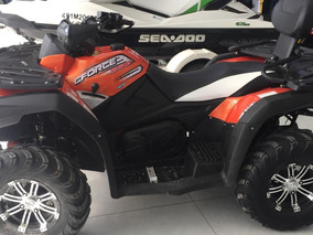 Quadriciclo Cforce 550