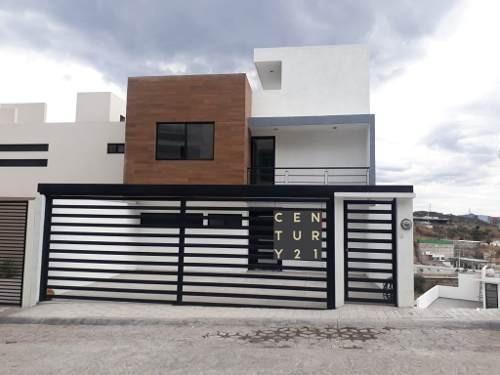Se Vende Moderna Casa En Milenio Iii