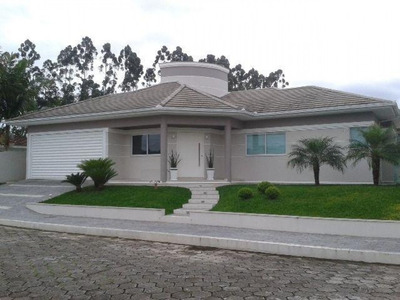 Casa Para Venda No Centro Em Santo Amaro Da Imperatriz - Sc - W524