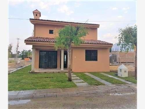 Casa En Venta En Fracc Nuevo Chapala