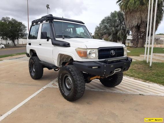 Toyota Macho Sincronico
