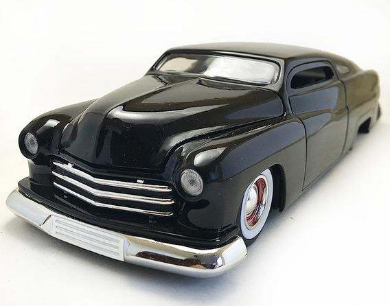 Mercury Black 1951 Escala 1/24