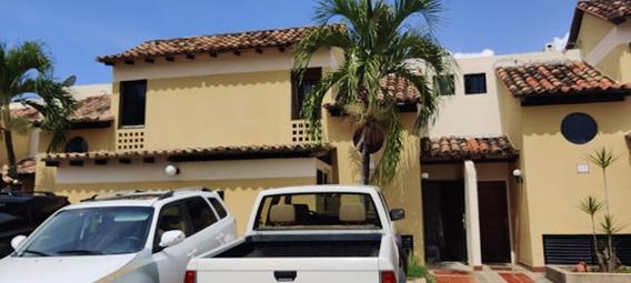 Casa En Alquiler Elizabeth Mazzei 04144871905