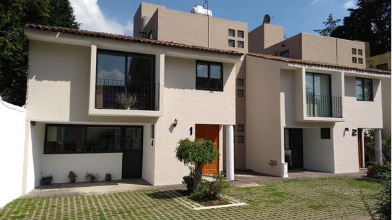 Linda Casa Remodelada En Condominio De 6 Casas, 3 Recamaras