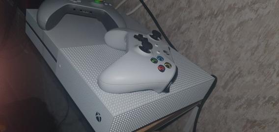 Xbox One S 1 T 1 Controles