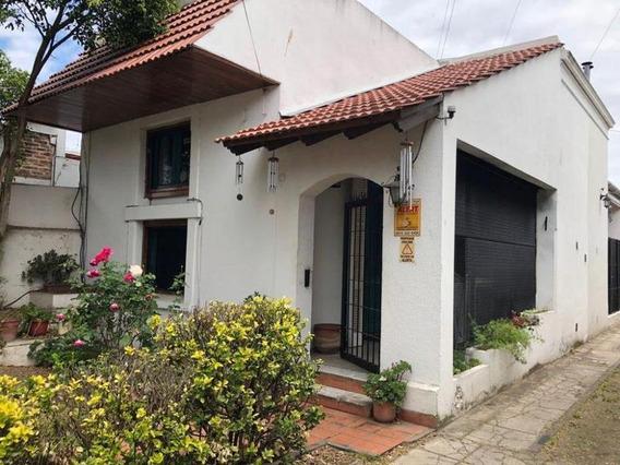 Cerrito N°850 - Hermosa Casa Al Frente Tipo Ph