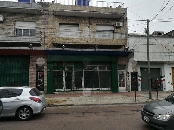 Local En Alquiler Ubicado En Sarandí, Avellaneda