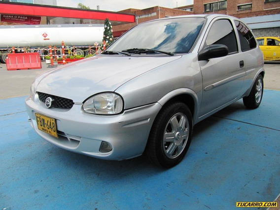 Chevrolet Corsa Active 1400cc Mt Aa