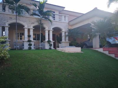 Casa En Venta Isabel Villas, Arroyo Hondo