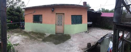Casa En Las Piedras, El Dorado. Con Apto Al Fondo Incluido