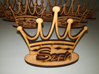 20 Souvenirs Corona De Fibrofacil Con Nombre