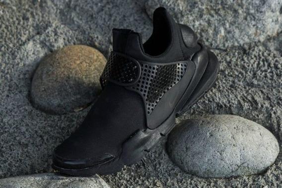 Nike Sock Dart Premium Black