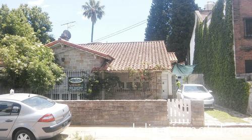 Casa 3 Amb Con Parque 12 X 20m  Y Garaje