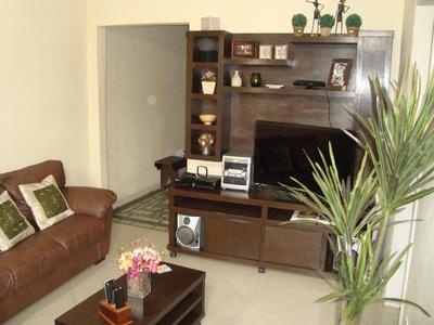 Casa Para Venda - Reformada 2 Salas, 3 Quartos, Copa, Cozinh - 695