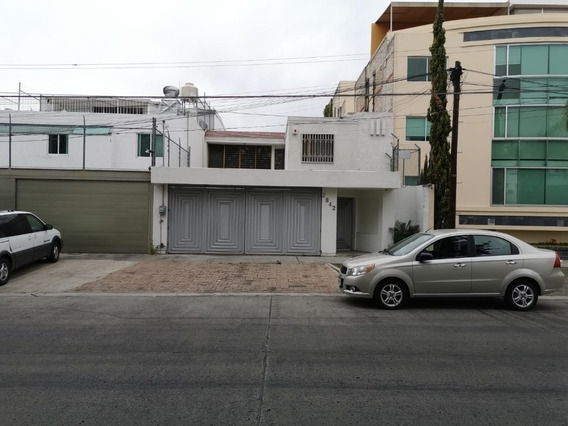 Casa En Renta En Av. Topacio