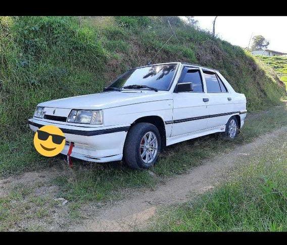 Renault 1983 Sedan
