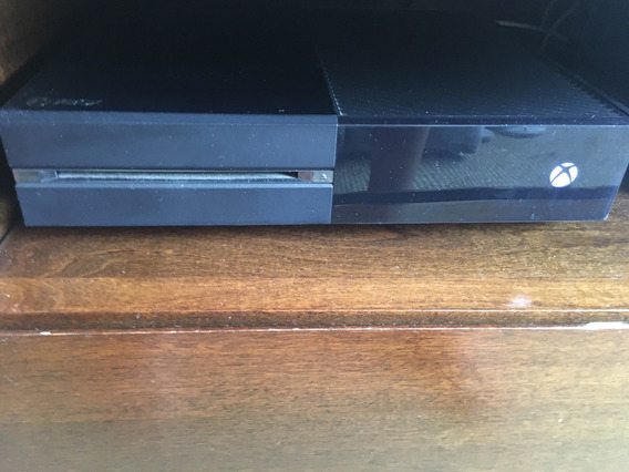 Xbox One + Kinect + Fone + Controle/ 500 Gb