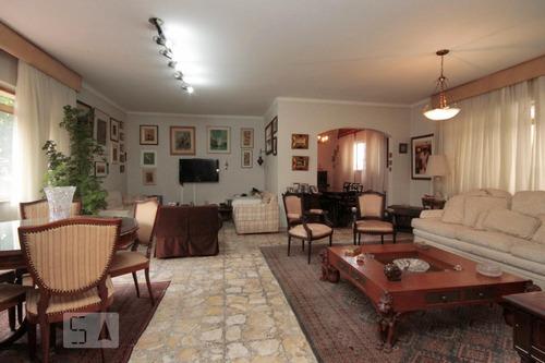 Apartamento À Venda - Higienópolis, 3 Quartos,  210 - S893008084