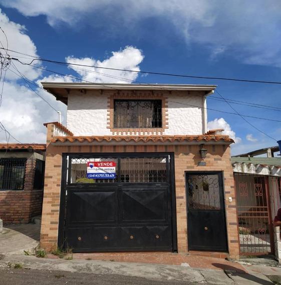 Casa En Venta Calle Principal De Caneyes, San Cristóal