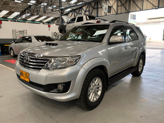 Toyota Fortuner 4x4 Aut 3.0 Diesel Plata 2013 Mwu286