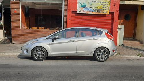 Imagem 1 de 5 de Ford Fiesta 2012 1.6 16v Se Flex 5p