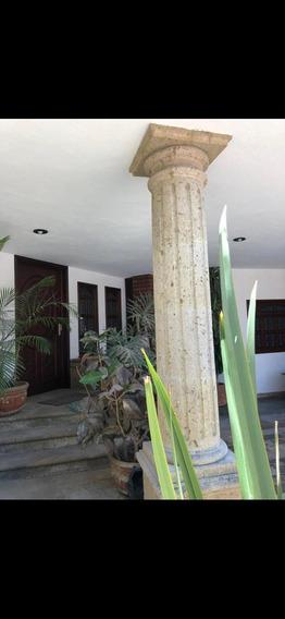 Casa En Venta En Colinas De La Normal