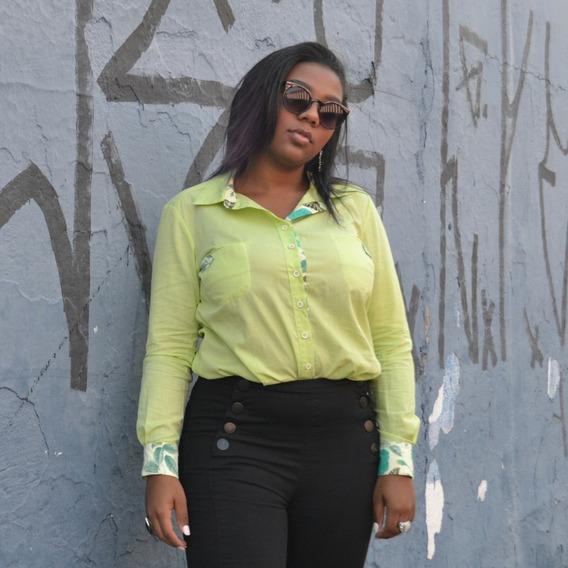 Camisa Social Feminina Verde-lima Com Bolsos Manga Longa