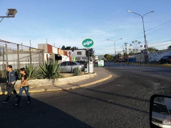 Local En Alquiler Oeste De Barquisimeto 21-8377 Rg